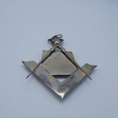 silver jewel lodge Le Prejuge Vaincu 1859