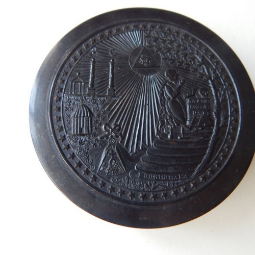 tobacco box-snuff box 8 Masonic allegory