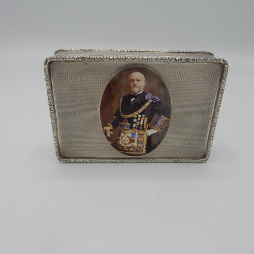 zilveren geëmailleerde tabaksdoos 1934