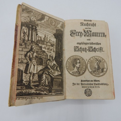 """""""Neues Constitutionen Buch der alten und ehrwurdigen Bruderschaft der Frey-Maurer"""