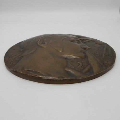 1900 rose croix bronze plaquette