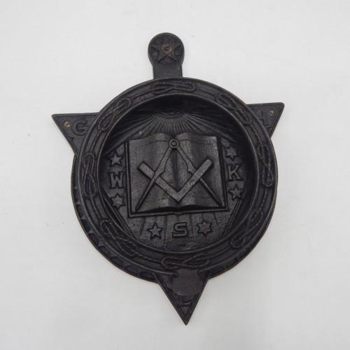 maconnieke  Deurklopper brons gepatineerd